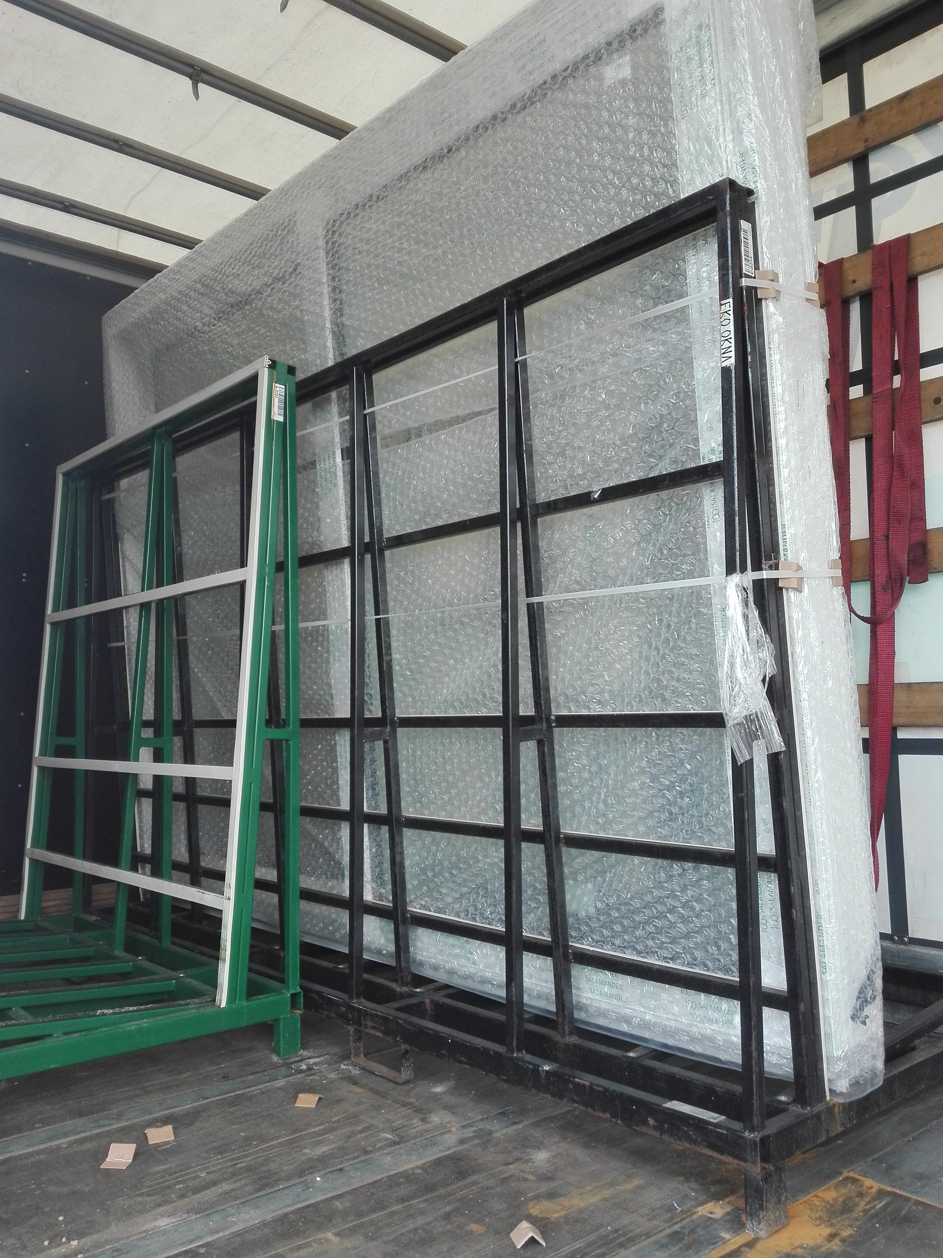 Individuelle Fenster und Türen